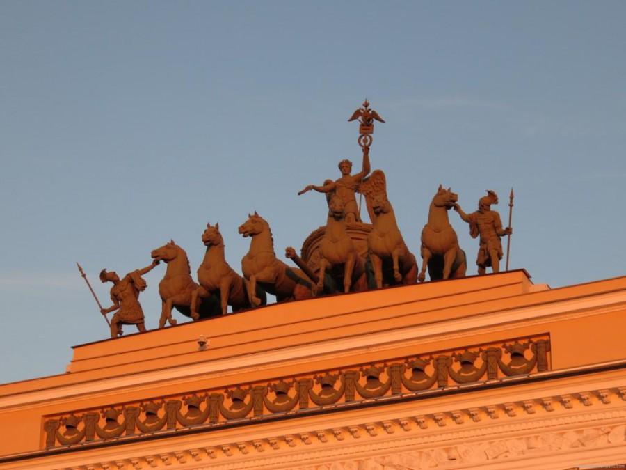 arc de triomphe st petersbourg