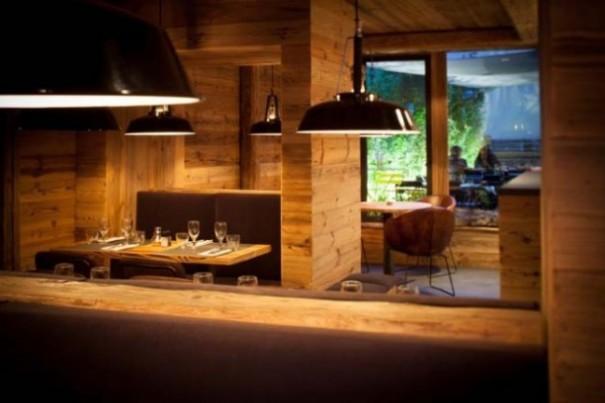 ambiance chalet de montagne en plein paris the best places in paris. Black Bedroom Furniture Sets. Home Design Ideas