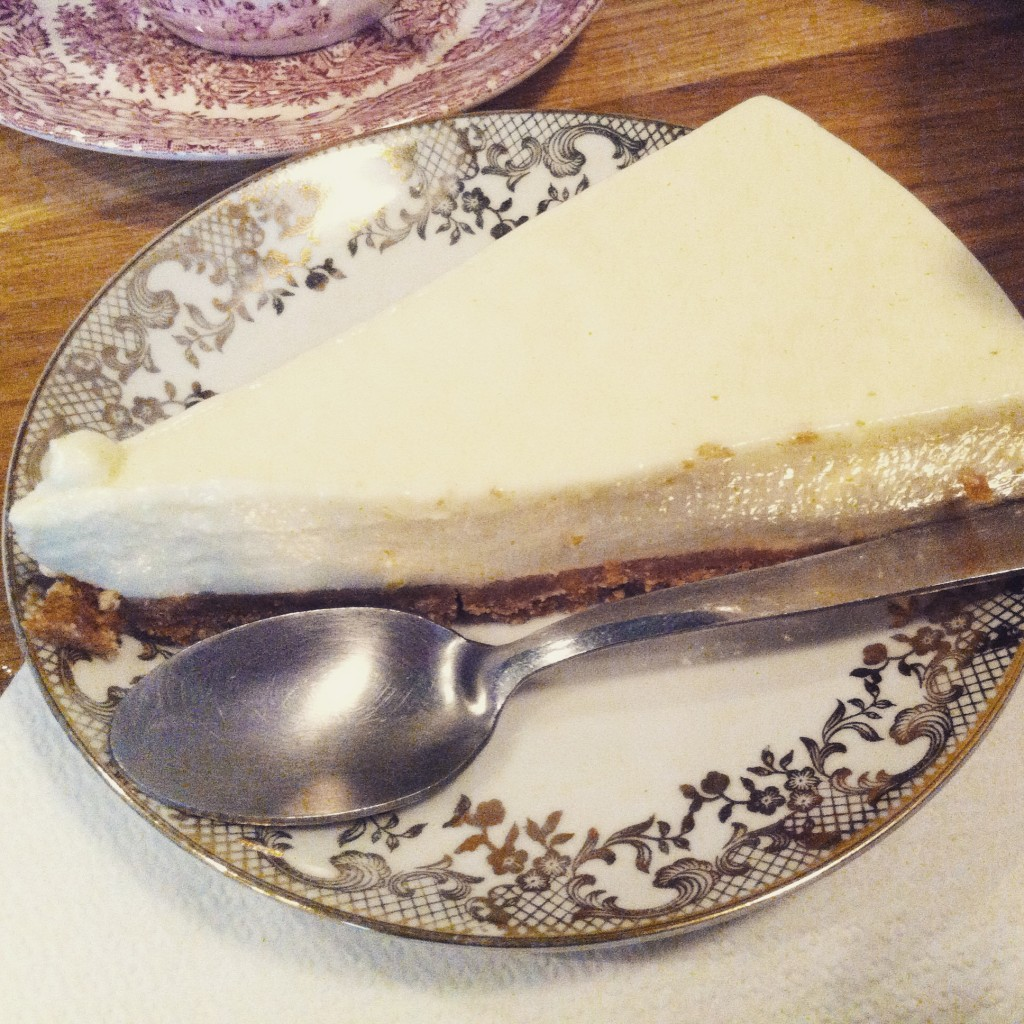 lily of the valley cheesecake paris