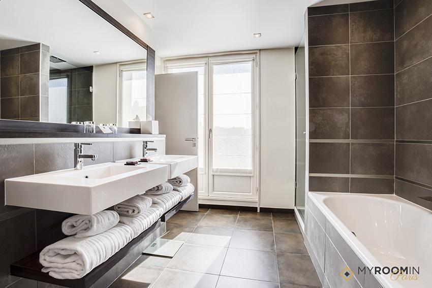 villa saxe hotel myroomin