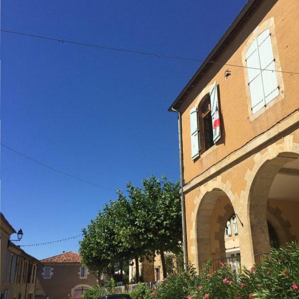 village of lavardens